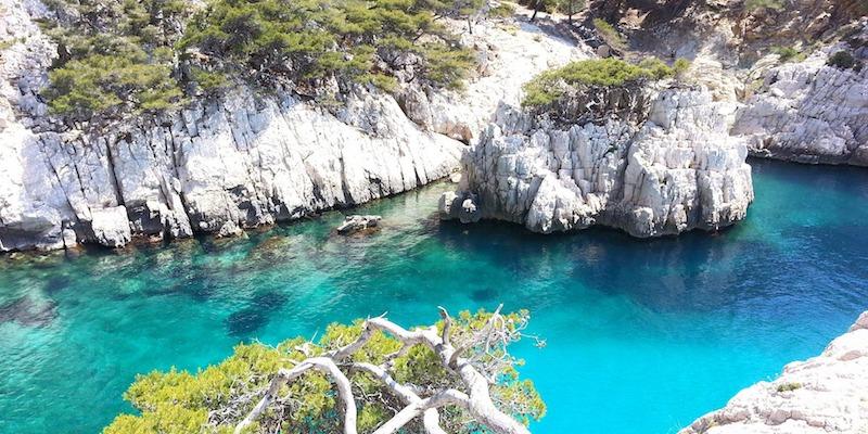 Les plages pr s d 39 aix en provence aix en provence - Office tourisme cassis les calanques a pied ...
